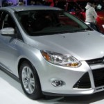 2012_Ford_Focus_SEL_sedan_front_-_2011_DC-300x197